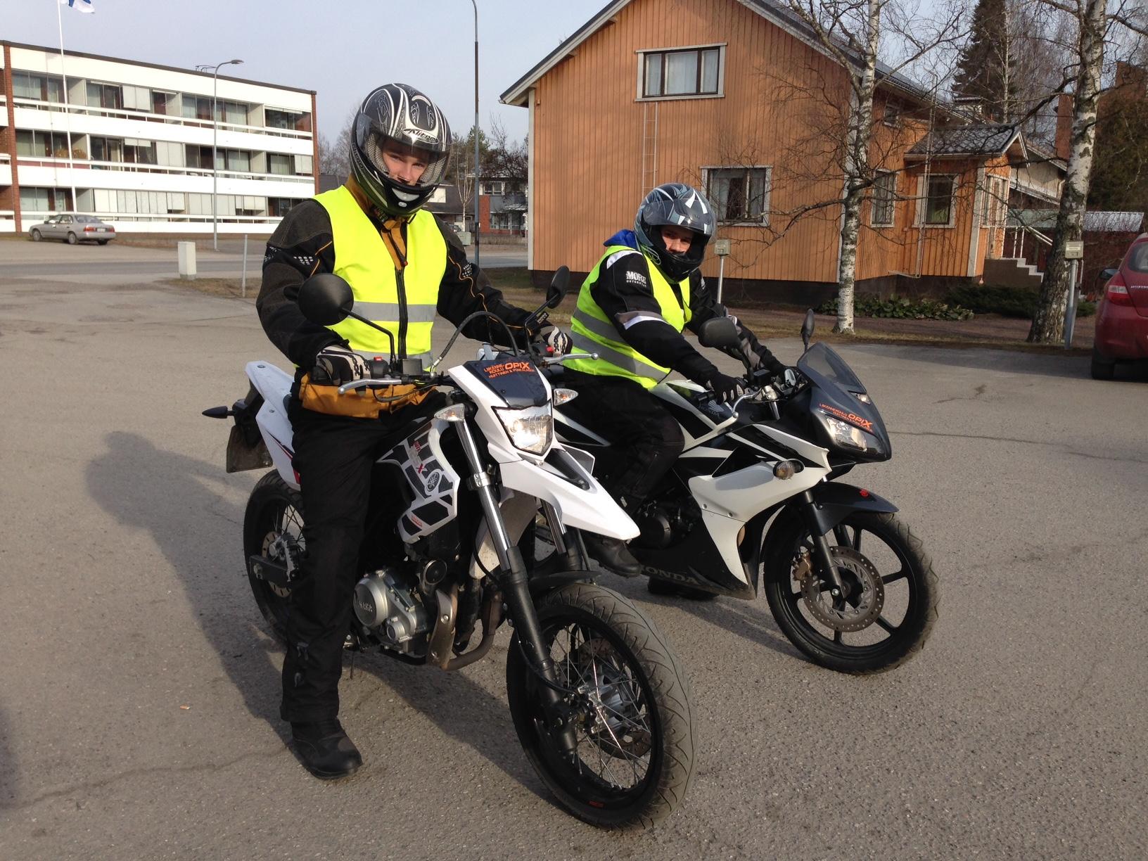 moottoripyöräkortti opetusluvalla 2015
